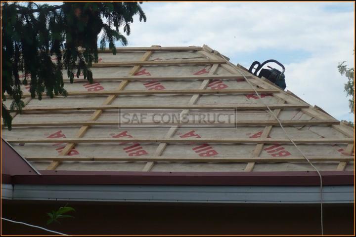 Tigla rosie acoperis casa – netermintata