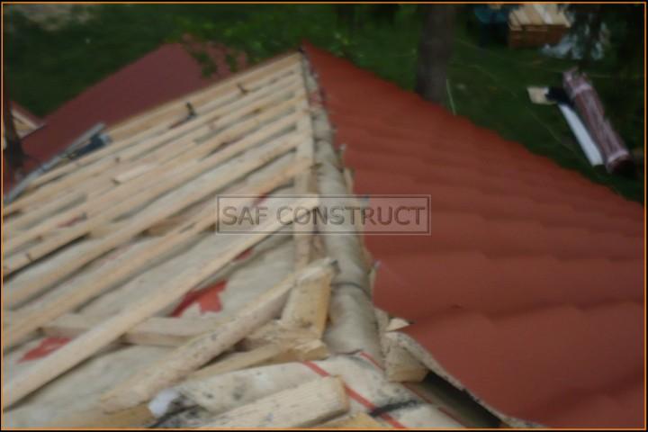 Tigla rosie acoperis casa – coama – netermintata